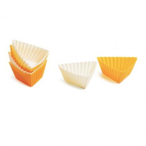 SILICONE TRIANGULAR MUFFIN MOULD 6 PCS